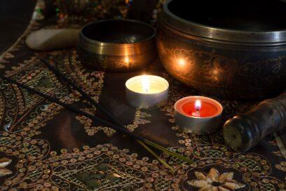 Relaks w dźwiękach mis tybetańskich