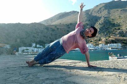 Kurs jogi dla początkujących-zdrowa praktyka w asanach